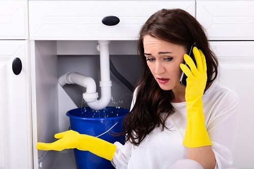 Things To Consider When Hiring An Emergency Plumber | Blue Ribbon ...